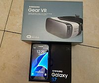 New Unlocked Samsung Galaxy S7 with VR Goggles